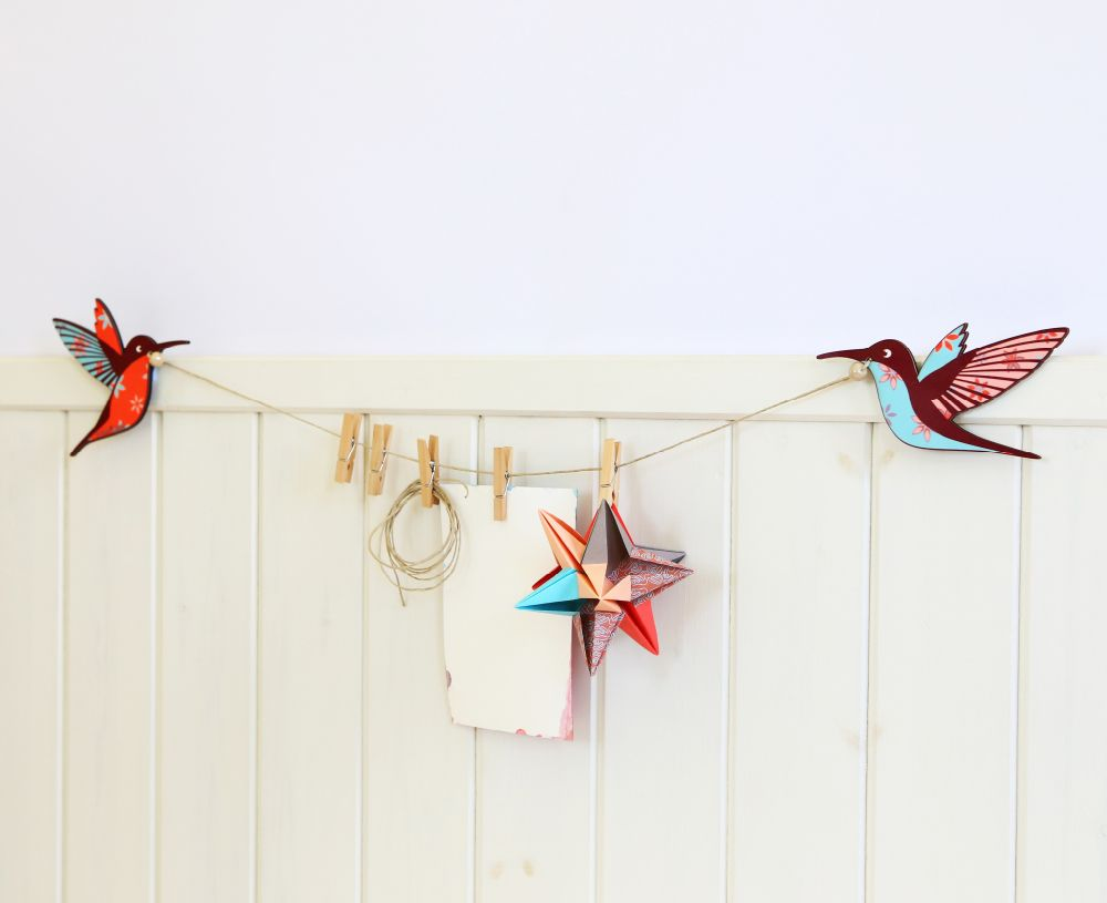 Home office note hanger