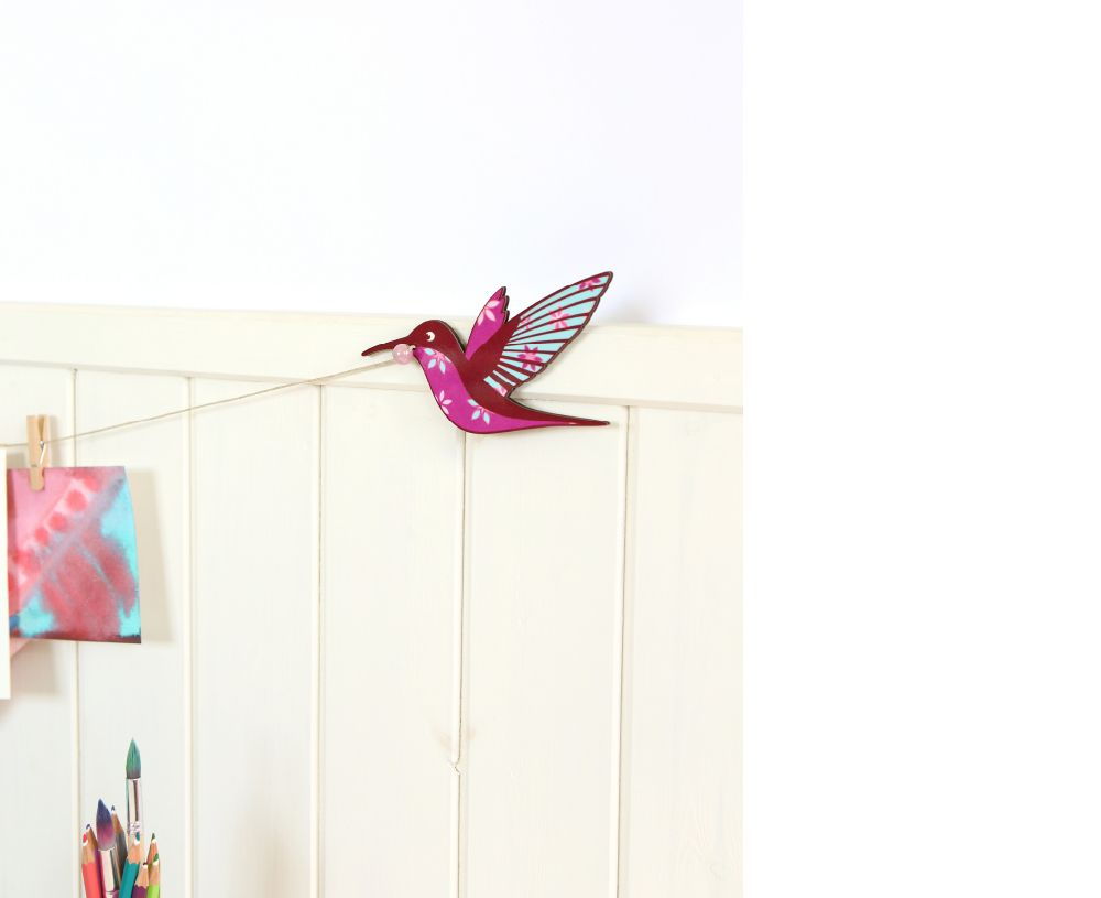Kids art display hanger