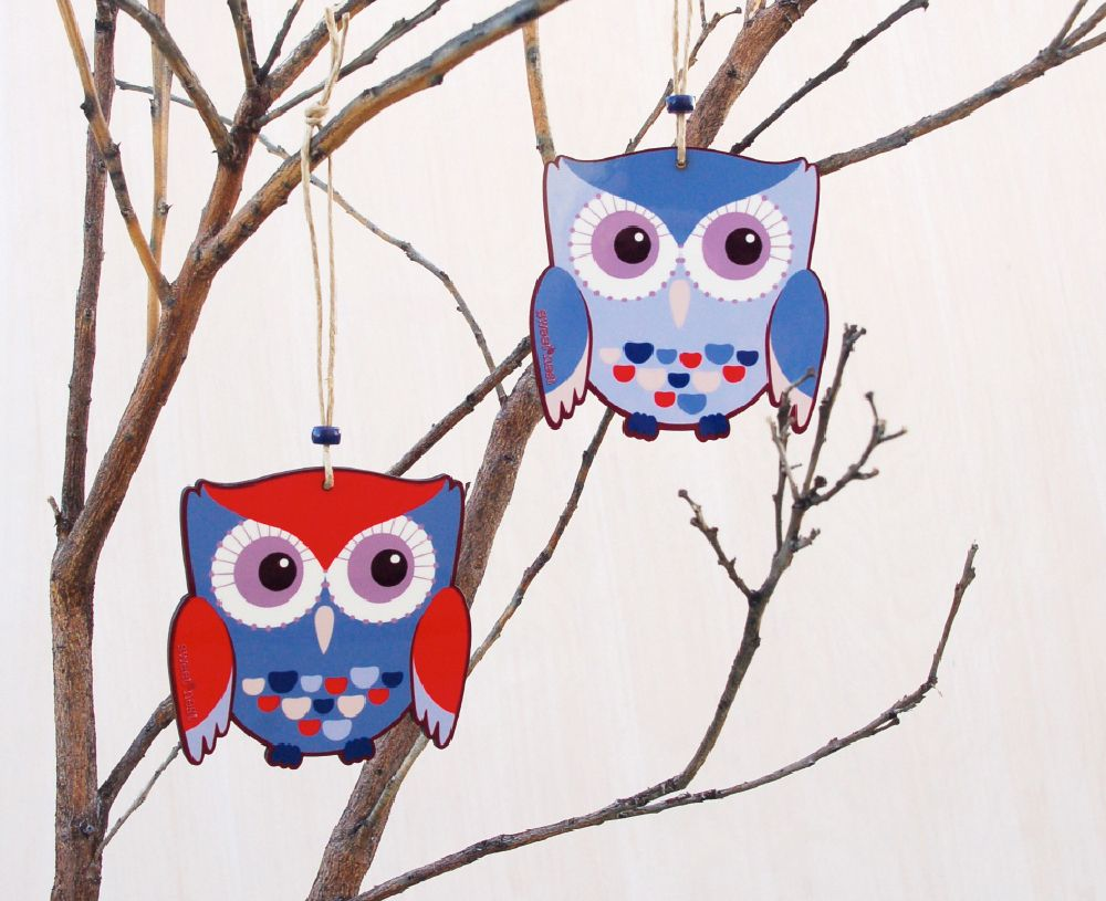 Twin owl ornament