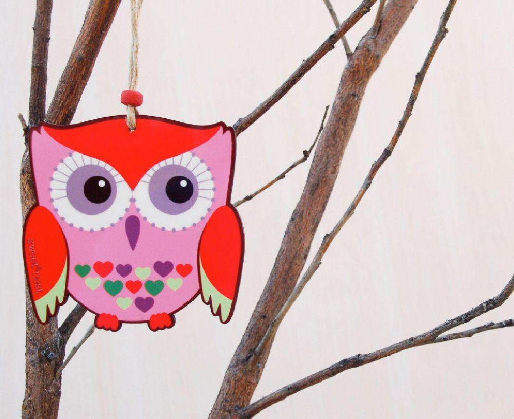 Colorful owl decor